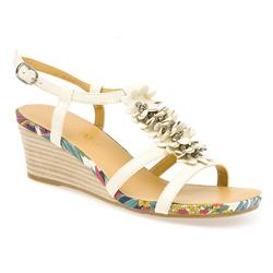 BEL13087 Leather Sandals in Off White