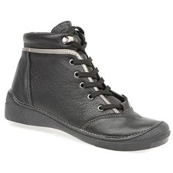 KARY1403 Leather Upper Textile Lining Boots in Black