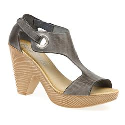 STMRA1504 Leather Sandals in Taupe
