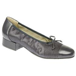 Dawn E+ Fit Shoe Leather/Other Upper Court Shoes in Navy