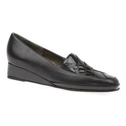 VAN1603 Leather Upper Low to Mid Heels in Black