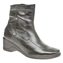 HSYK1402 Leather Boots in Black