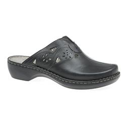 JEAN1706 Leather Clogs in Black