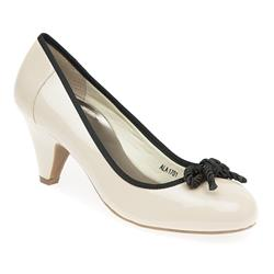 ALA1701 High Heels in Beige, Black
