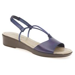 DES1301FP Leather Sandals in Navy